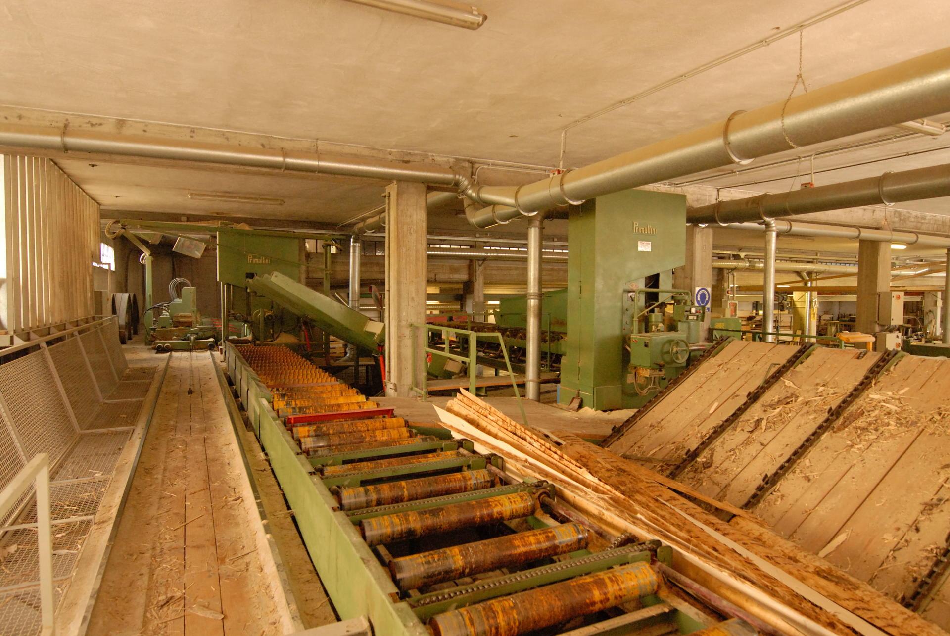 Case In Tronchi Di Legno Trentino : Anzelini legnami in provincia di trento offre segato abete per